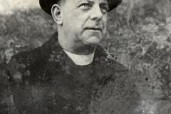 Fr-Holden