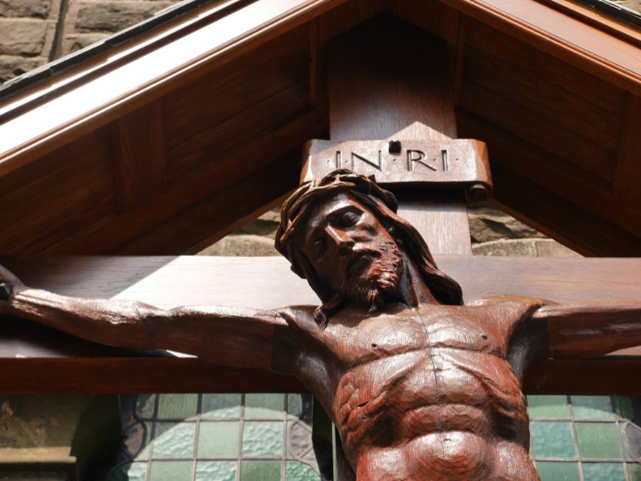 crucifix190518 (8)